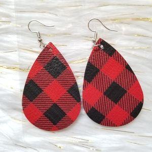 Jewelry - buffalo plaid drop lightweight leather earrings